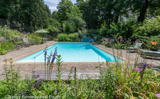270 west mount airy road pool