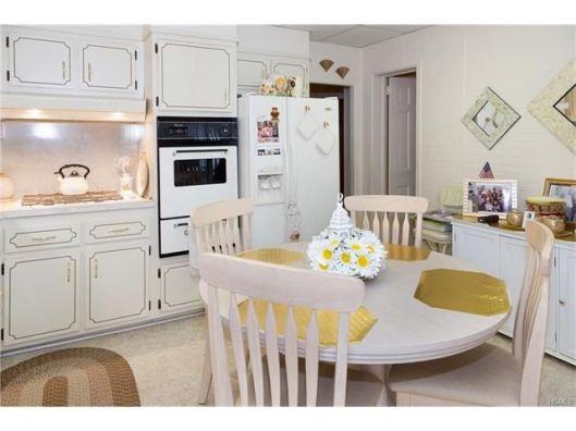 1082-kitchen