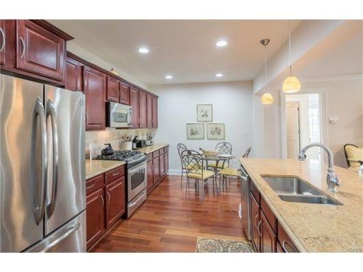332-trum-park-kitchen