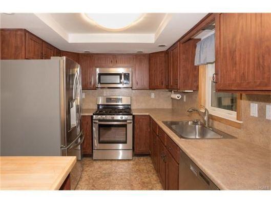 160-maple-kitchen