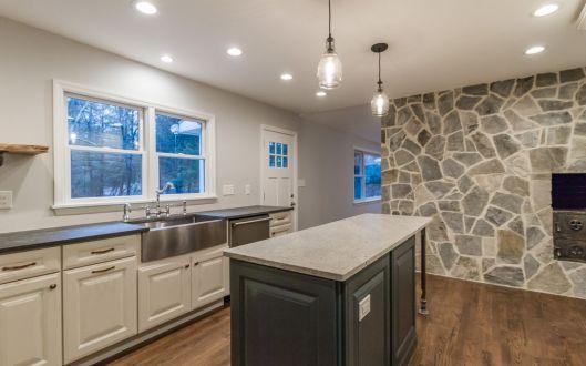 1780-kitchen
