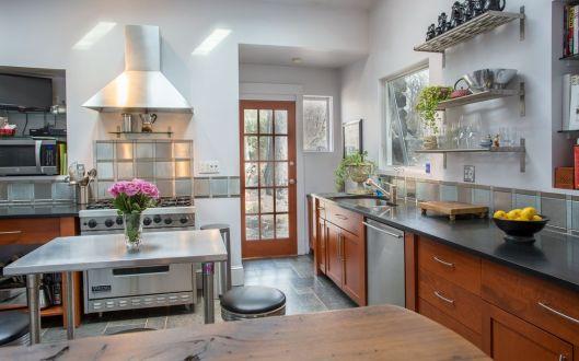 290-kitchen